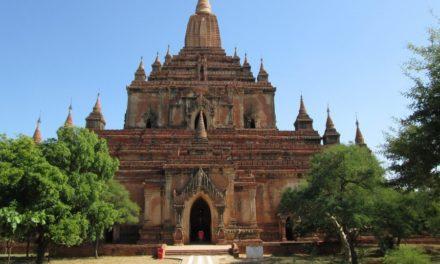 Bezichtig gouden pagodes in Myanmar