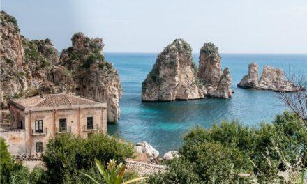 Al fietsend door de wijn- en olijfgaarden van Sicilië